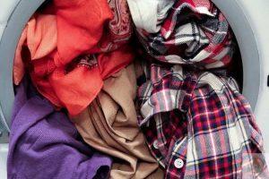 علت لک شدن لباس ها در ماشین لباسشویی